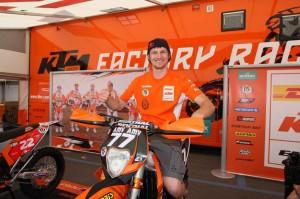 Tadek w paddocku KTM - GP Włoch Enduro WEC 2010